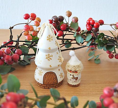プレゼントに最適♪クリスマスツリーと小人のマトリョーシカ♪