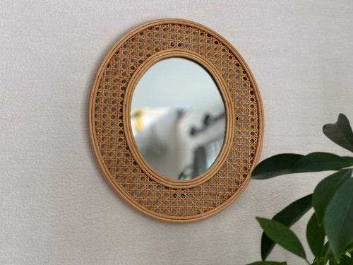 mesh oval mirror