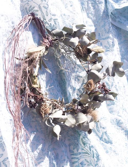 Dried flower wreath 002