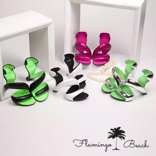 【FlamingoBeach】snake pumps