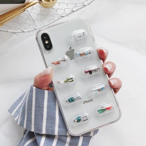 【お取り寄せ商品、送料無料】人気沸騰!インスタ映え 個性的なカプセル人形 iPhoneケース