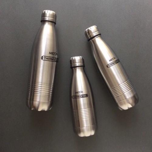 保温・保冷機能の軽量水筒  500ml