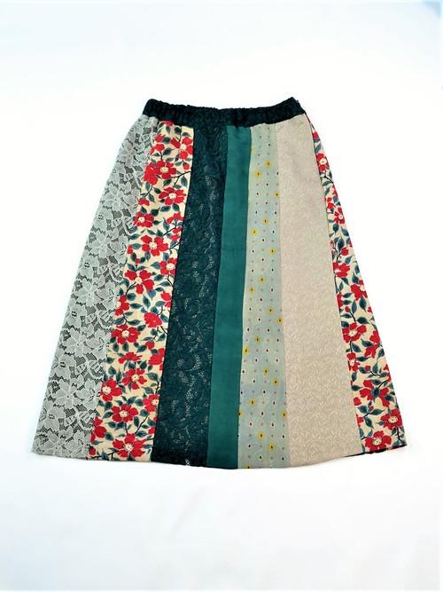 着物とレースのスカート:椿模様(緑・グレー) 着物リメイク 1809s03