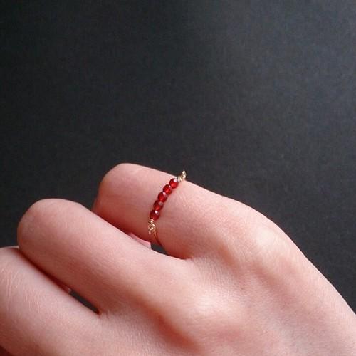pinkie ring / red