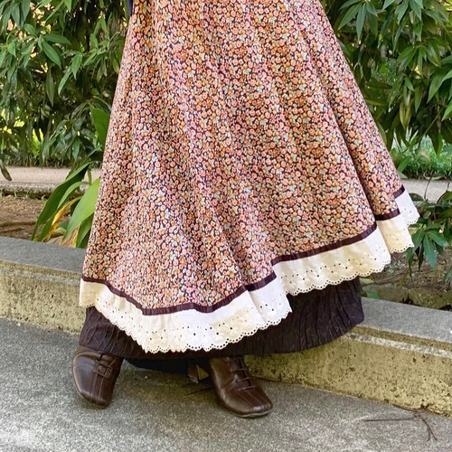 (LOON) flower lace flare skirt