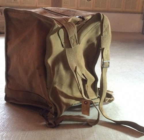 1940s U.S.NAVY WWⅡ TYPE-CWP10028A radio transceiver carry bag!!