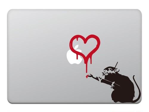 MacBook 対応 アートステッカ Banksy Love Rat 【並行輸入品】ハートのネズミ