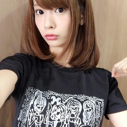 1周年記念Tシャツ||渚奈子デザイン