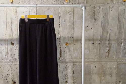 Design wide easy pants(USED)