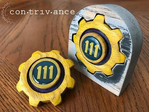 Vault 111 / MADE USA / Handspinner