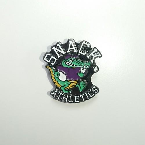 SNACK SKATEBOARDS / pins / 2.8×2.6cm