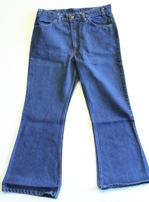 Levis 646 Bell bottoms