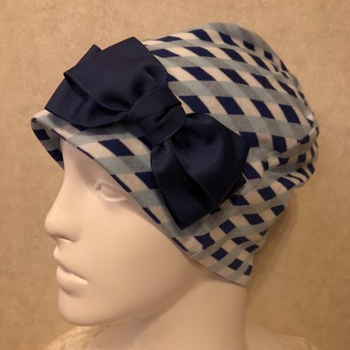 青色チェックのケア帽子