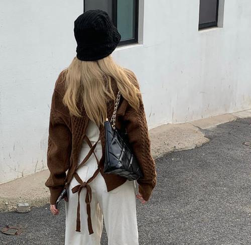 3色 ニット トップス ケーブル編みレースアップ リボン バックシャン 長袖 大人可愛い カジュアル ガーリー 秋冬 韓国 オルチャン ファッション