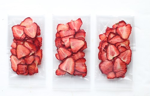 【無添加・国産】岡山産イチゴ(ドライフルーツ「フルーツ王国 王様のおやつ」)