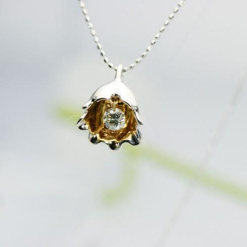 スズランモティーフ ダイヤモンド ペンダント K18