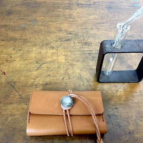 card case:leather strap