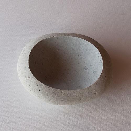 石の器 Stone vessel