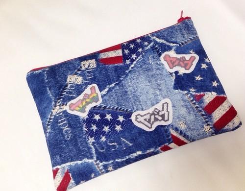 アメリカ国旗柄ヤバイクラッチバッグ