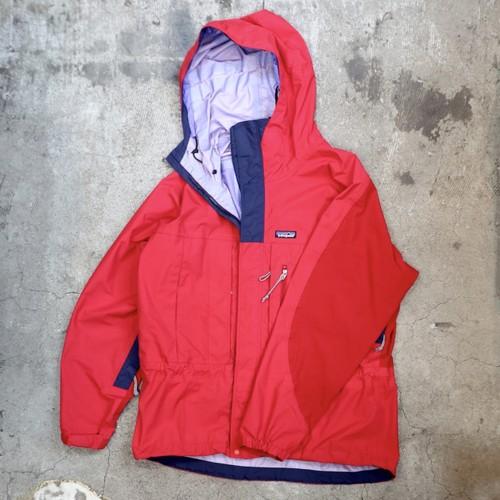 s/s 98s Patagonia Torre jacket