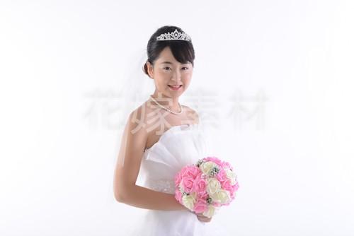 【0029】ブーケを持つ花嫁