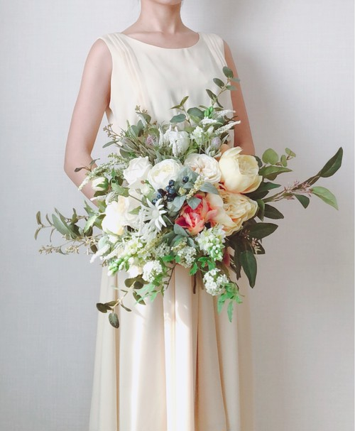 White Spring Bouquet