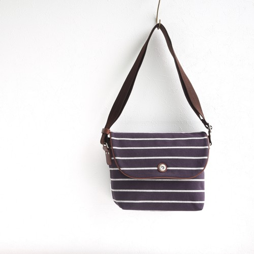 BORDER FLAP SHOULDER S / DEEP PURPLE