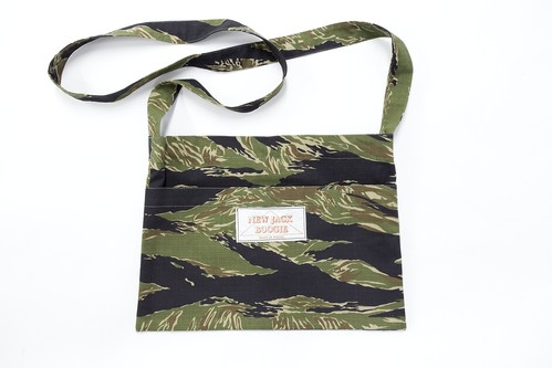US Tiger Stripe Products Tiger Camo Musette