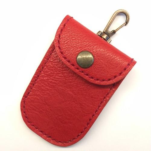 ハンドメイドキーケース☆革:赤/ステッチ:赤★YKKap製スマートドア専用設計★[N-04]