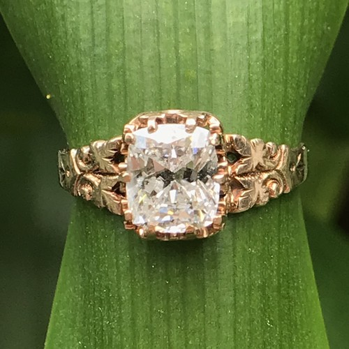 Flour de lis Rose Gold Diamond Ring