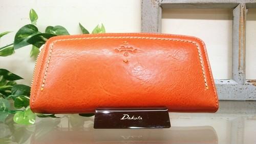 Dakota〈ダコタ〉 ラウンド型長財布