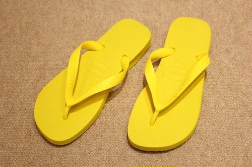 havaianas Sandals Citrus Yellow