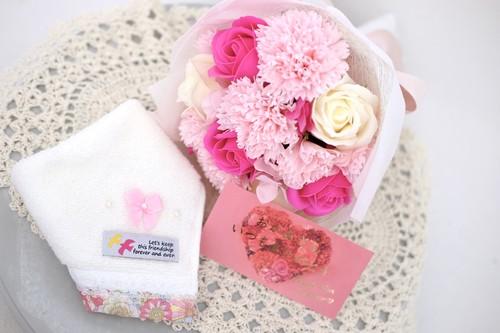 母の日カーネーション花束/ハンカチセット/ソープフラワー
