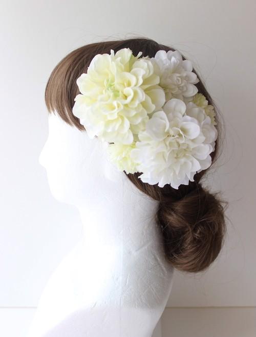白のダリア、マムの髪飾り