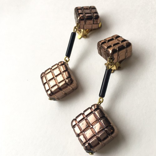 Grid square earring L-037x