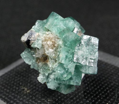 ロジャリー鉱山! グリーン フローライト 蛍石 原石 イギリス産 16g  FL077