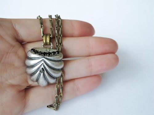 シルバーシェルネックレス vintage necklace <NE2-L19>