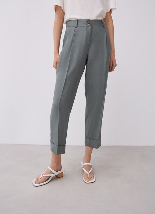 STRAIGHT LINEN TROUSERS WITH DARTS