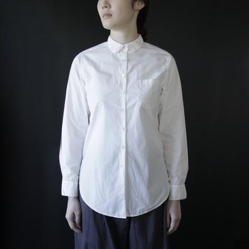 Uに関するシャツ(Univers:Roman)