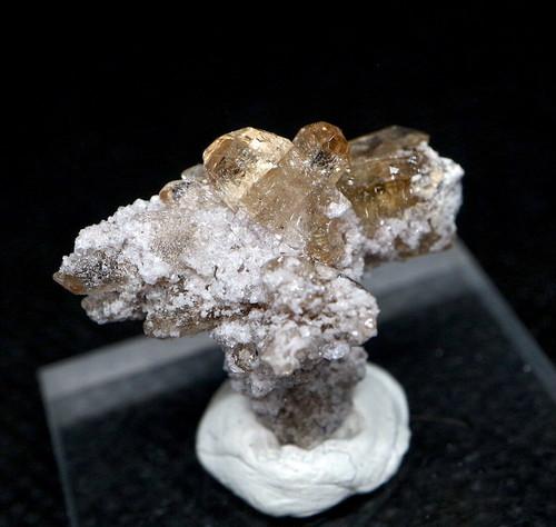 自主採掘!ユタ州産 トパーズ 2,9g 原石 標本 TZ084 鉱物 パワーストーン 天然石