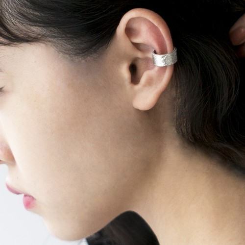 TIN BREATH Ear cuff 7×37mm