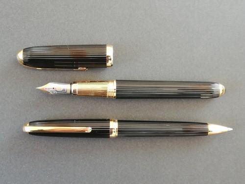 【セット販売】カルティエ ゴドロン Cartier (細字) 18K (+ カルティエ ゴドロン ボールペン)     01701