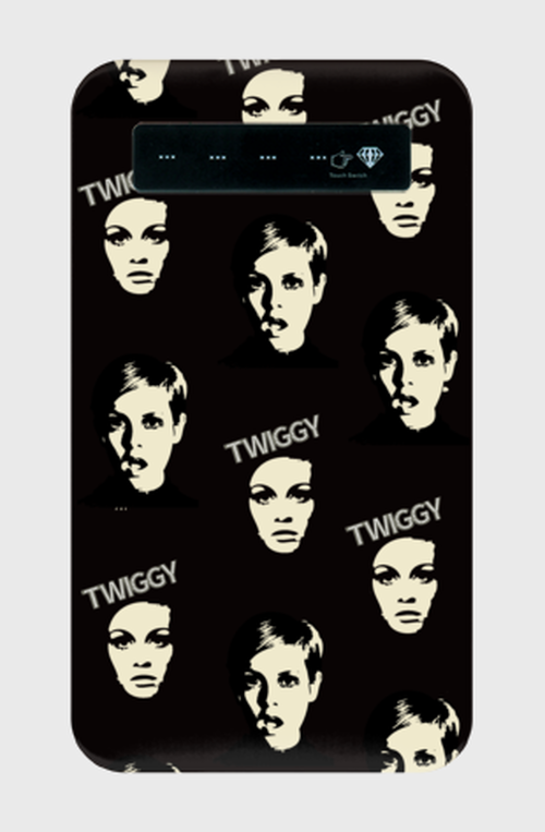◆UK QUEEN◆モバイルバッテリー◆twiggy