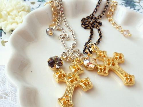 十字架とクリスタライズと塗装チェーンのドール用ネックレス