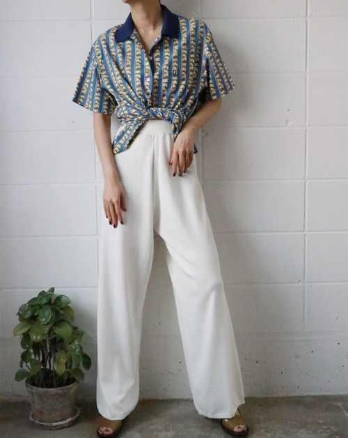 white summer knit pants