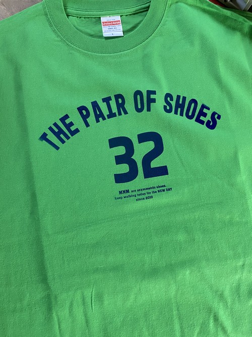 THE PAIR OF SHOES 32 <green×blue>