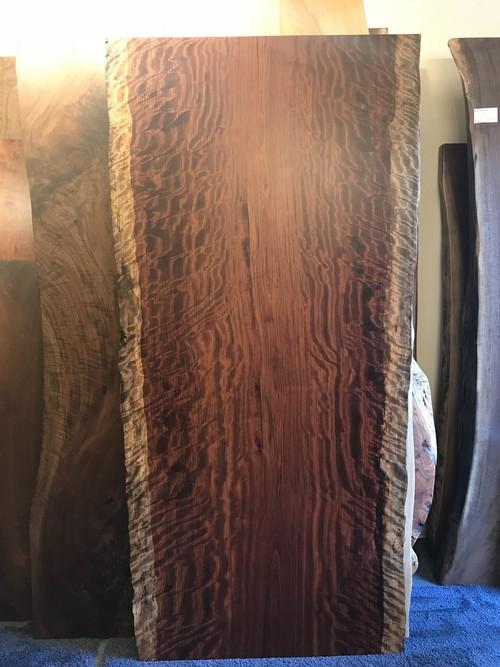 ブビンガ トラ杢 一枚板 2100×940-1020×70 17200