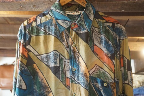 90's THUMS UP abstract silk Shirt