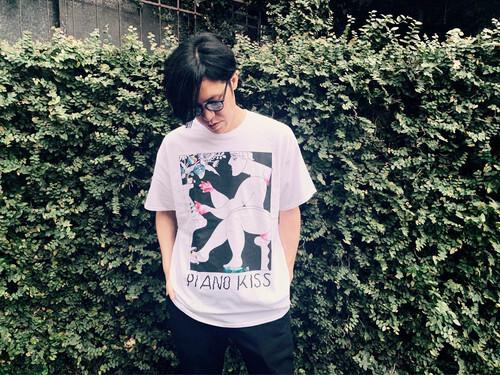 Sundayカミデ 「ピアノKISS!!!」Tシャツ2019ver.(ホワイト)