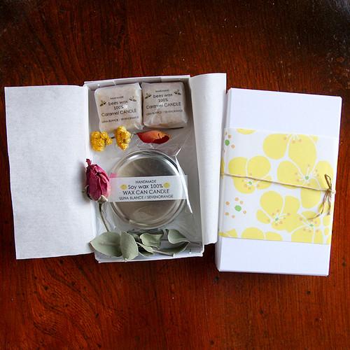ソイアロマワックス缶キャンドル + キャラメルキャンドル(2つ)セットGIFT